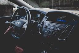 Wibracje na kierownicy przy hamowaniu- jak to naprawić?
